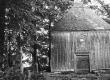 Koplyčia Notėnų bažnyčios šventoriuje. KTU ASI archyvo nuotr., Sk-05452